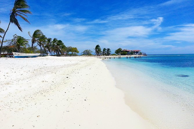 Los Roques 3 days and 2 nights with all inclusive from Caracas