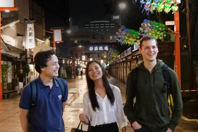 Asakusa Bar Hopping Night Food Walking Tour through Nakamise Shopping Street