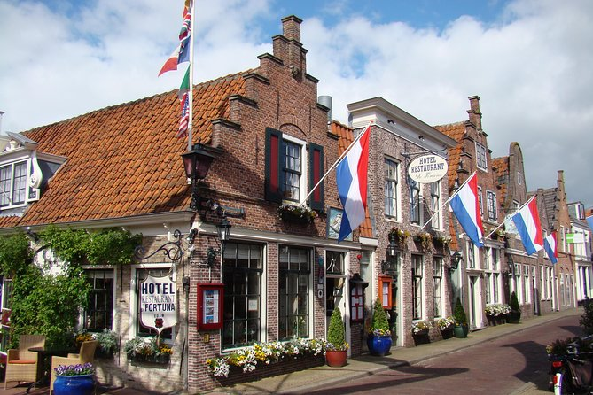 Volendam, Edam and Windmill Tour plus THIS IS HOLLAND