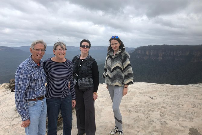 Full-Day Tour in Blue Mountains with Breakfast