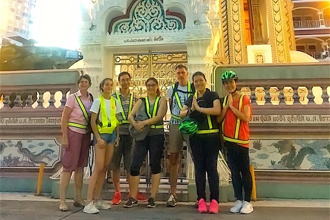 6-Hour Siam Ratree Night Bike Tour of Bangkok photo 11