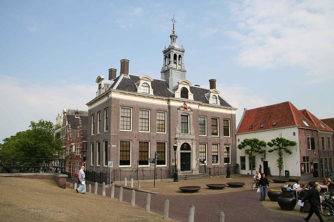 Volendam, Edam and Windmills Guided Day Tour