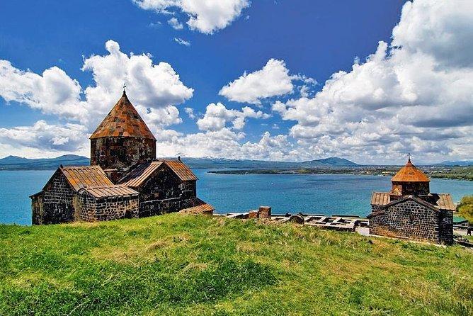 Sevan Lake och Tsaghkadzor