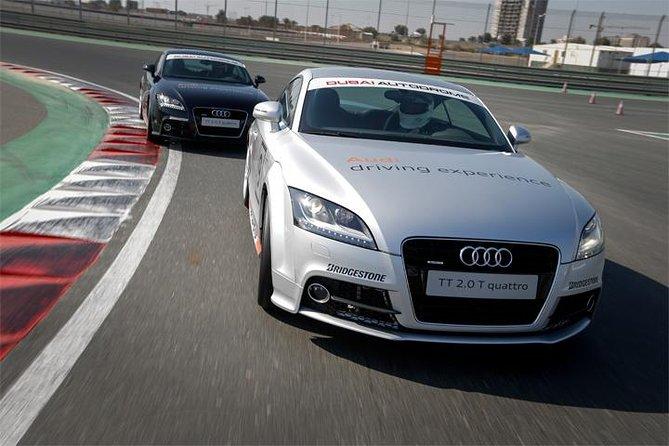 Kör Audi TT Experience från Dubai