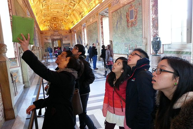 Skip the line: Private Tour Vatican Museums for kids and families