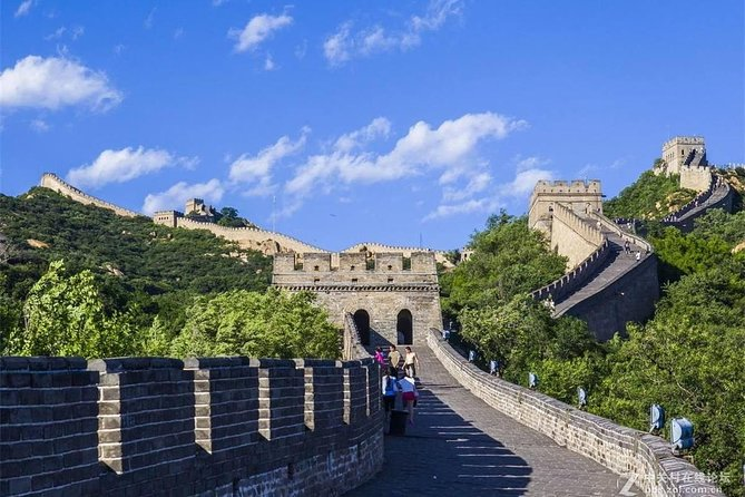2-Day Group Tour with 2 Sections of Great Wall And Ming Tomb