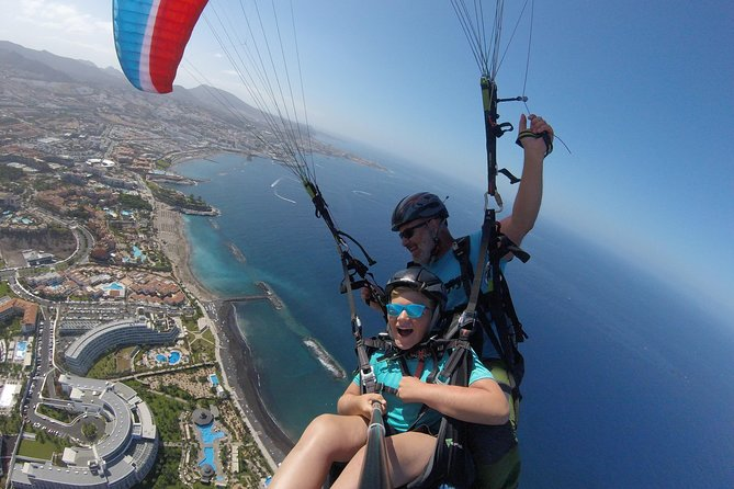 High Performance Paragliding Tandem Flight in Tenerife South