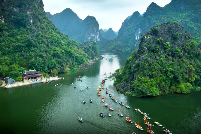 Trang An and Bai Dinh Pagoga One Day Trip Group Tour