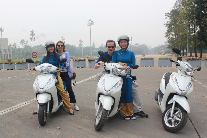 Hanoi City Tour half day by Motorbike with lunch