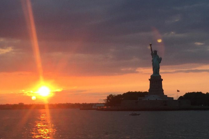NYC Landmarks Skip the Line Cruise and Attraction Ticket