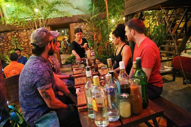 Sombai Cocktail Class Likör Verkostung mit Einkaufen in Siem Reap