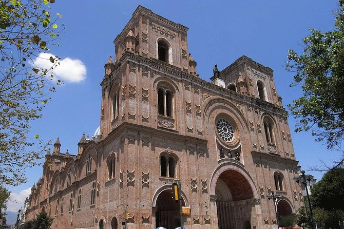 Shared Cuenca City Half Day Tour with Typical Lunch