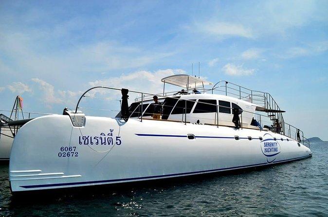Dia inteiro na Ilha de Pattaya e cruzeiro para snorkel com almoço
