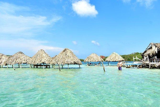 Snorkeling et excursion d'île en île à Rosario et à Cholon