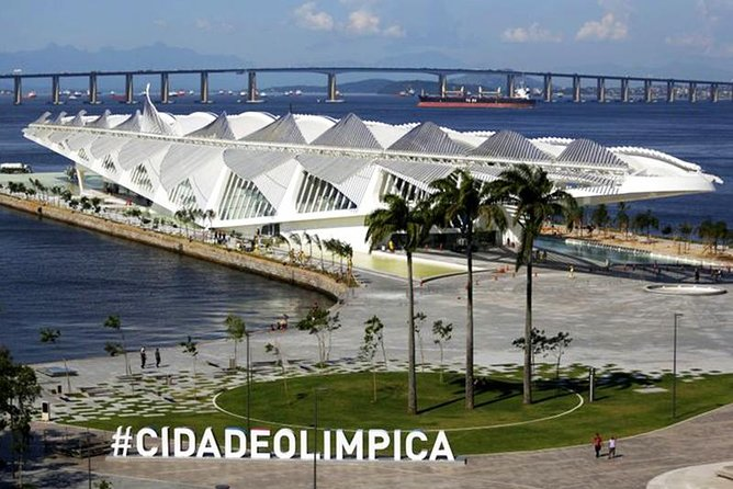 Museum of Tomorrow and AquaRio South America's Largest Aquarium - Tour Including Transport and Tickets