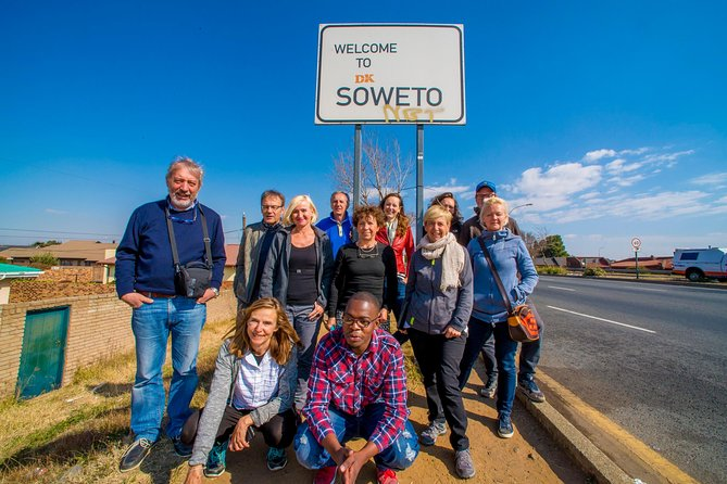 Full-Day Soweto, Apartheid Museum and Lunch Tour