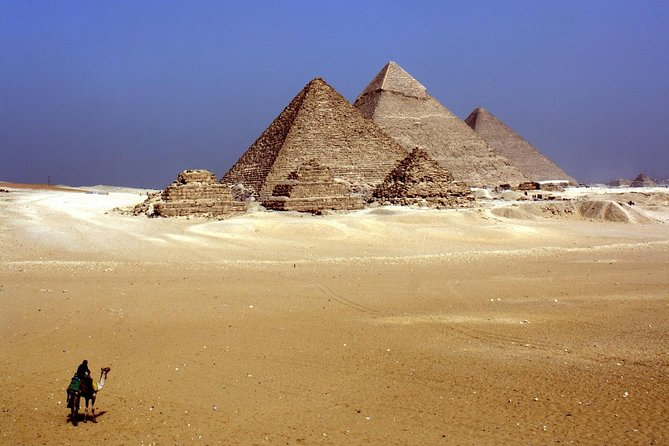 Small Group Tour of Cairo from Hurghada by Plane