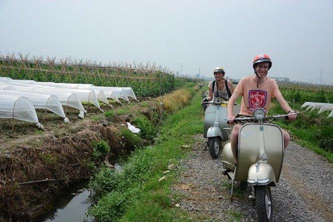 Hanoi opdagelse for halv dag af VESPA motorcykel