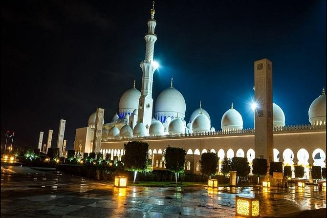 Abu Dhabi private City Tour - A journey to The Capital(Private & custom tours ) photo 2