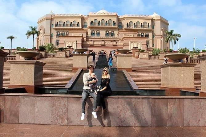 Abu Dhabi private City Tour - A journey to The Capital(kids friendly )