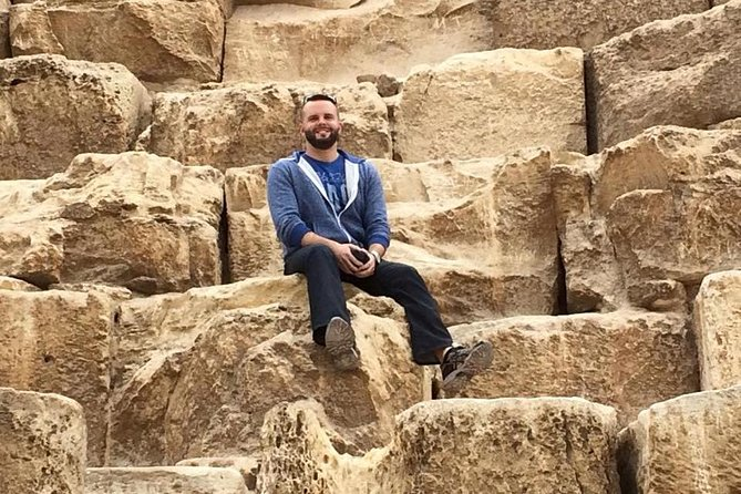private 4-hours Giza pyramids & sphinx from Cairo or Giza hotels