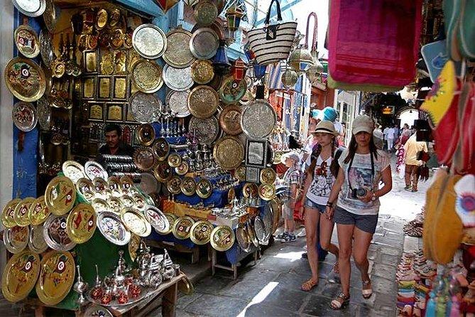 Cairo shopping at governmental bazaars Cairo and Giza hotels