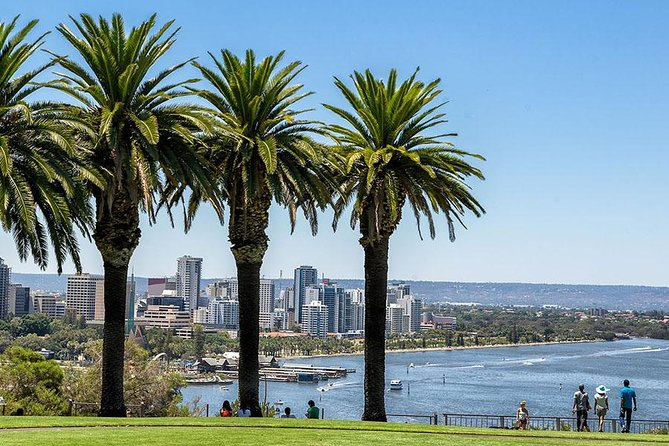 Half-Day Perth Mint Live Gold Pour & Historic Fremantle Tour