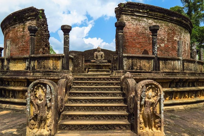 Polonnaruwa and Dambulla Day tour (Vehicle Only Private Day Trip From Colombo)