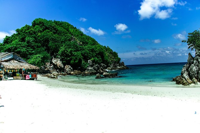 HALF DAY KHAI ISLAND TOUR WITH LUNCH-Tour by Speedboat from Phuket