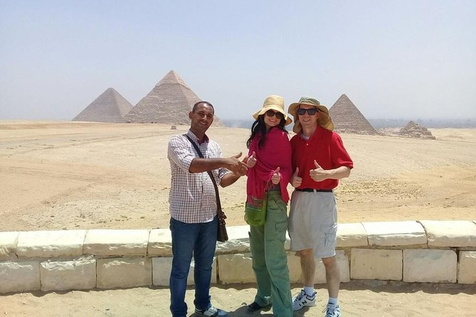 8-hours full day Giza pyramids Egyptian museum from Cairo Giza hotel