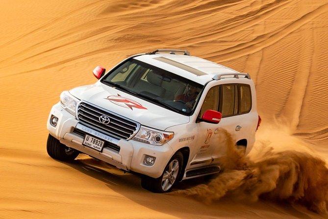 Exclusive Evening 'Dune Bashing' Desert Safari with BBQ Dinner 'Dubai Red dunes'