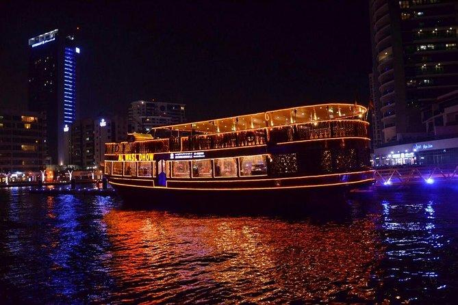 Croisière VIP Dhow Dîner Dubai Marina - Dîner délicieux et visites touristiques