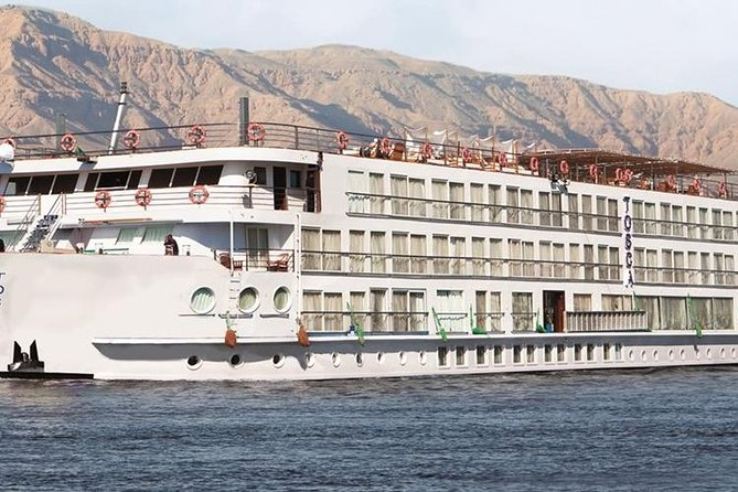 Private Nile Cruise Four days -Three Nights Tour from Hurghada