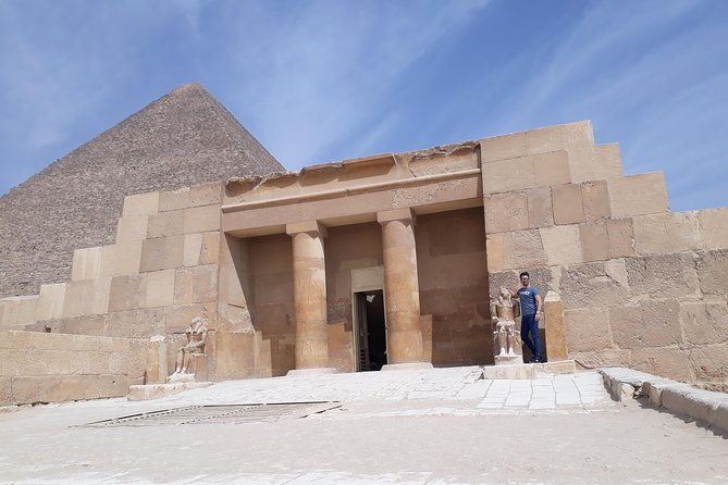 Day Tour of the Pyramids and Egyptian Museum