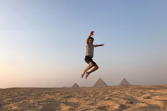 Half Day Pyramids and sphinx private tour with Egyptology and private vehicle