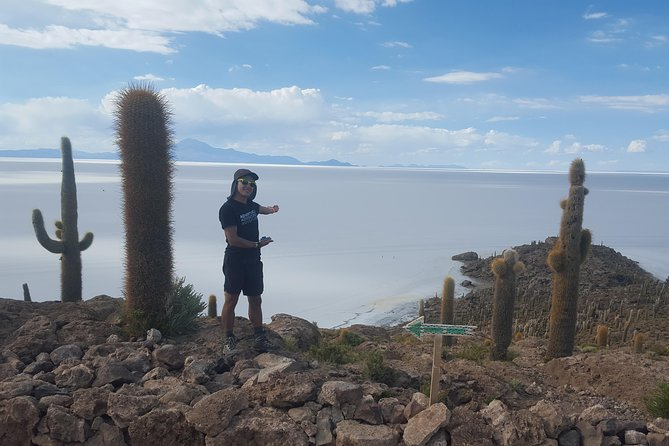Uyuni Salt Flats _ Full Day _ English Speaking Guide
