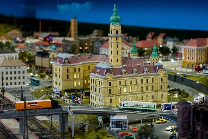 Skip the Line: Budapest Miniversum Museum Ticket
