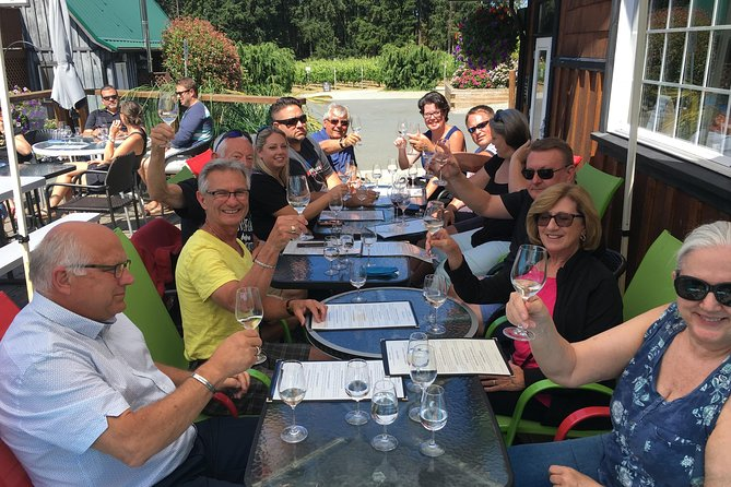 Cowichan Wine Tour with picnic and side tour to Cowichan Bay photo 15