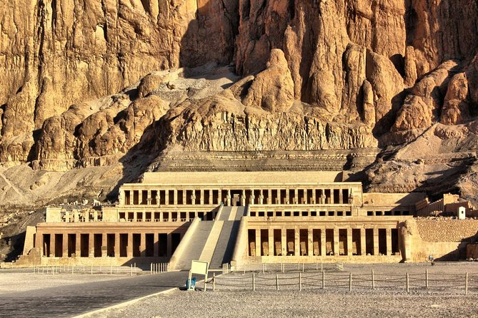 Full Day Trip to Luxor Sightseeing from Hurghada