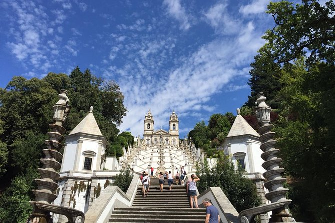 Braga and Guimarães with Lunch Included - Small Group - Full Day