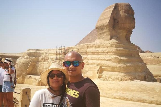 pyramids Giza and Egyptian museum private day tour