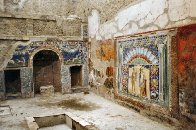 Herculaneum Walking - With Guide from Ercolano