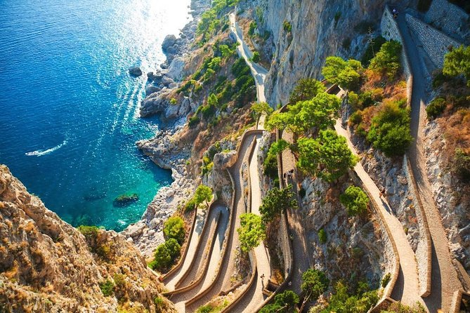 SEMI - PRIVATE: Discover Capri Island by boat - From Rome