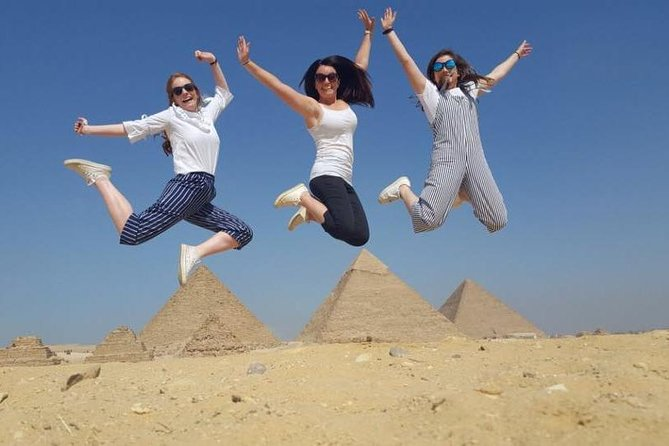 full-day Giza pyramids and Egyptian museum for 8 hours tour