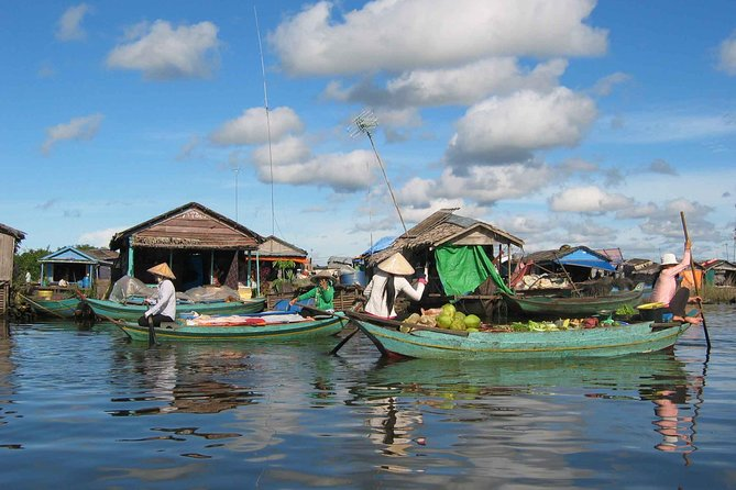 Guided Floating Village Boat Tour in Siem Reap photo 4