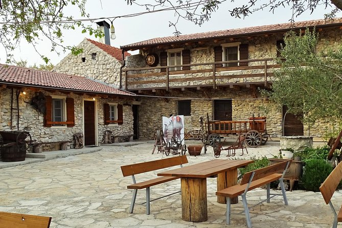 From Zadar: Taste Dalmatian Peka - Countryside Cooking Class