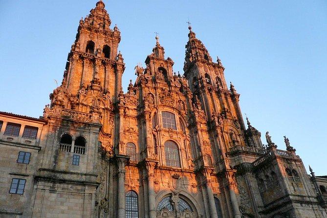 Santiago de Compostela and Viana do Castelo small group full-day tour from Porto