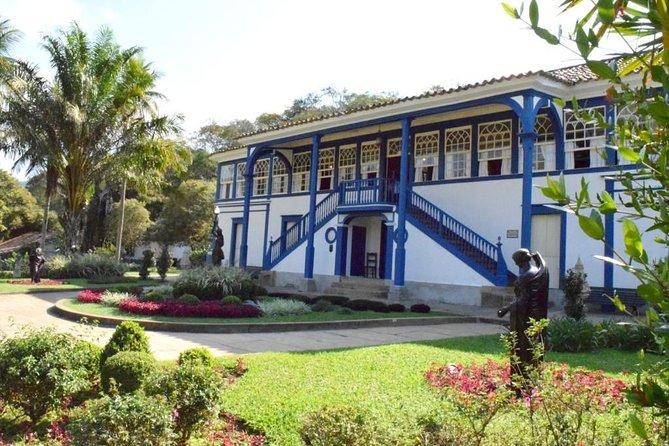 Visita guiada a uma histórica fazenda de café original incluindo transporte