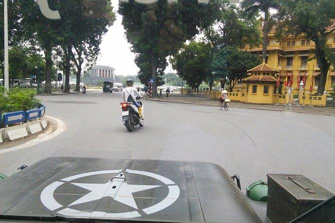 Medio día en Hanoi en Jeep