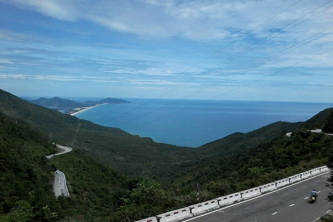 Half-Day Hai Van Pass and Lang Co Beach Transfer with Guide from Hoian